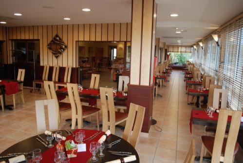 Restaurant L Estredelle Pont Du Chateau
