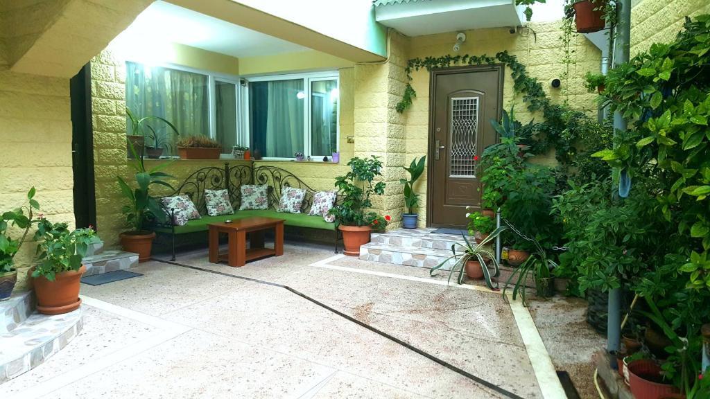 Apartment on Sundukiani Street Lane