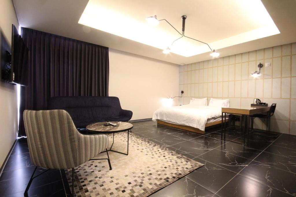 Hotels in Wanju, South Korea - price from $43   Planet of Hotels