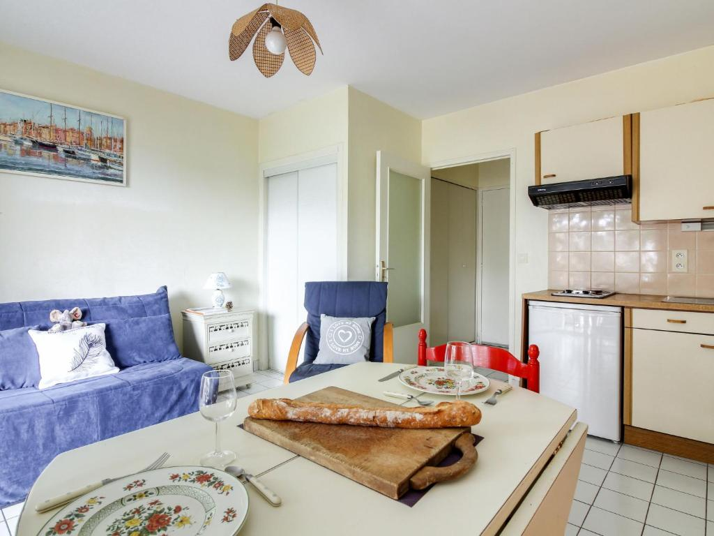 Apartment Les Roches Malouines