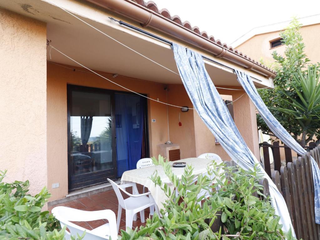 Villetta Residence Porto Corallo image1