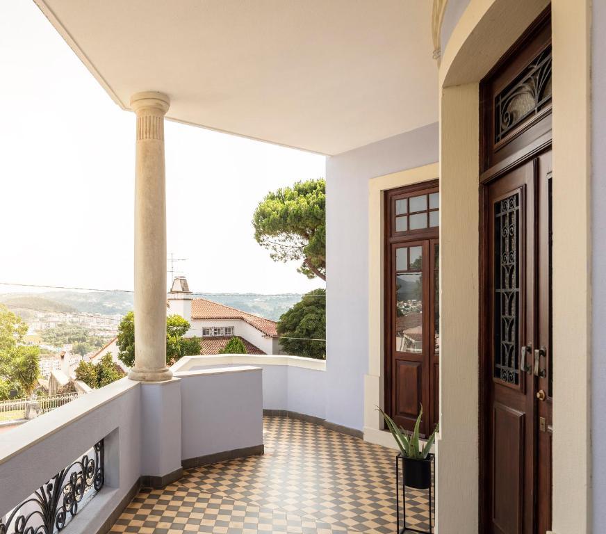 Penedo da Saudade Suites & Hostel, 3000-271 Coimbra