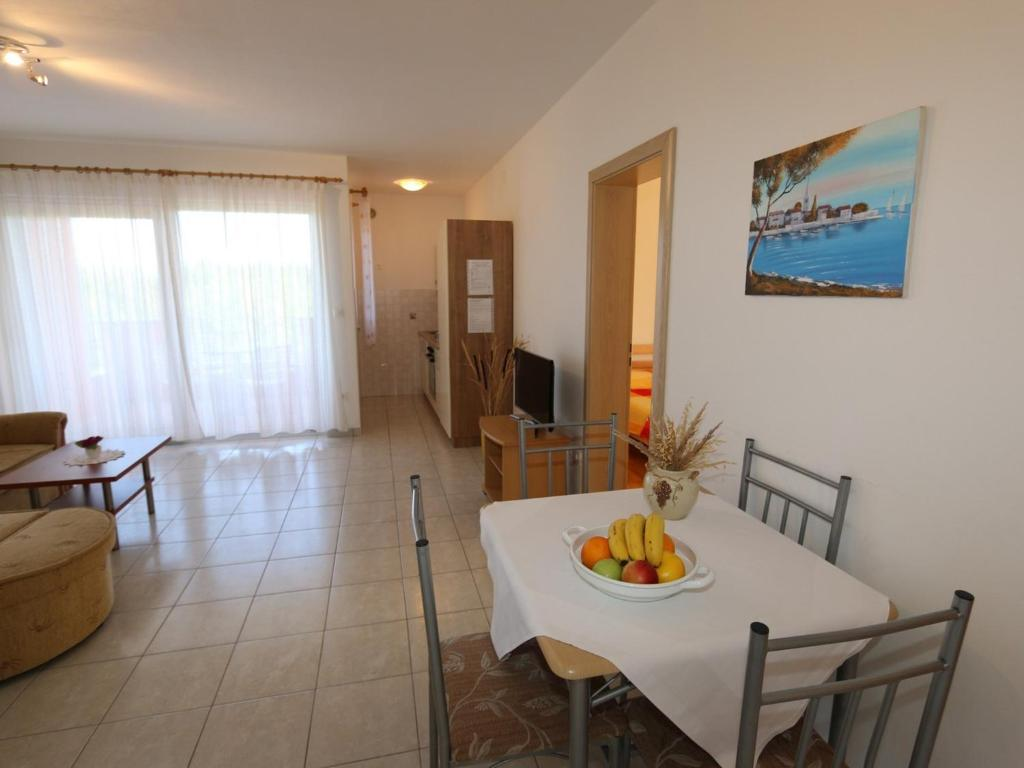 Apartamento 1 Apartments in Silo/Insel Krk 13430