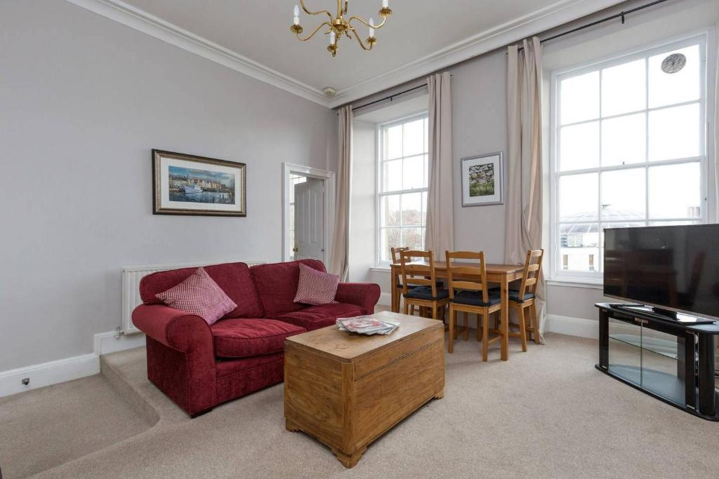 ALTIDO George Square Apartment - Heart of Old Town/University