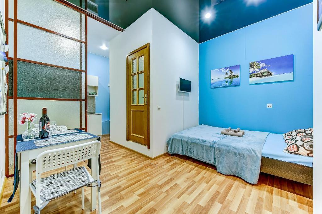 Tropical Apartment next to Nevsky