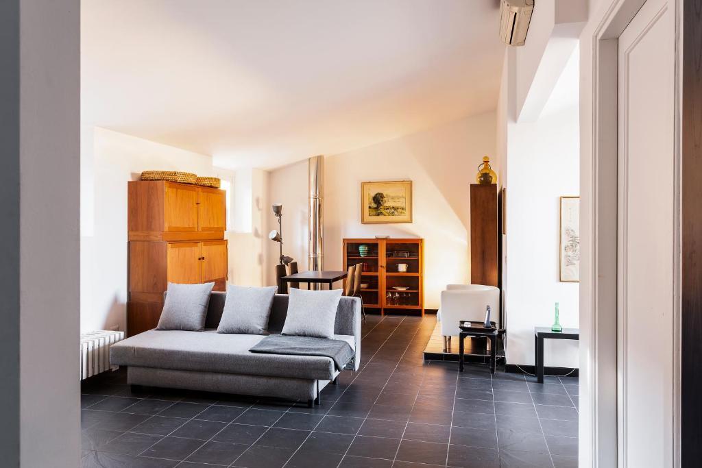 Milano Has A View Duomo Square Apartment In Milano Italy