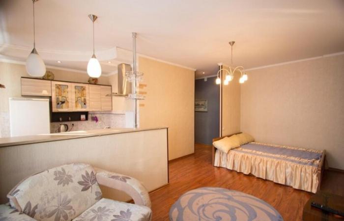 Apartment on Lenina, 60-1 by KrasStalker