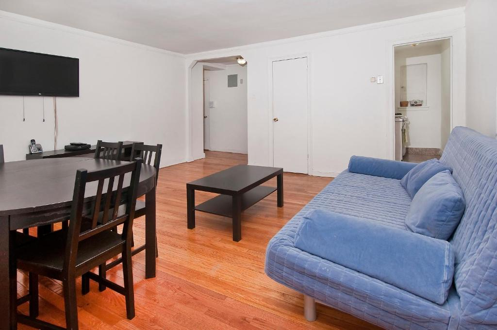 Modern Midtown East Apartments in NYC in New York (NY) - Room Deals ...
