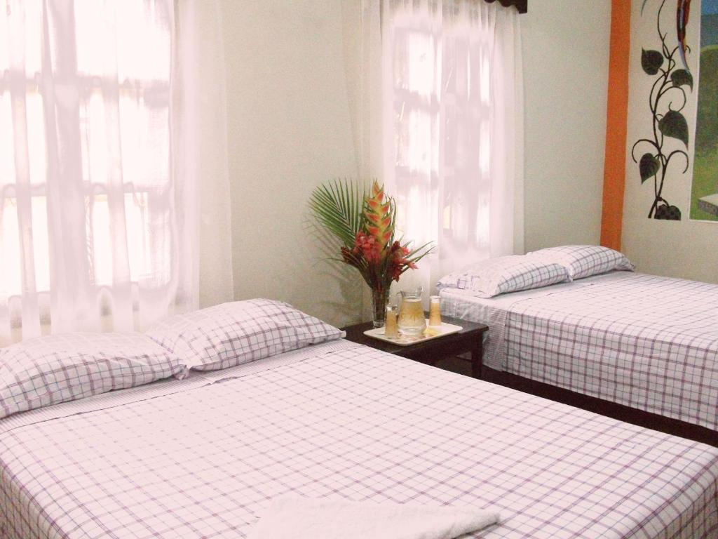 Double Room with Two Double Beds Hotel & Hostal Yaxkin Copan