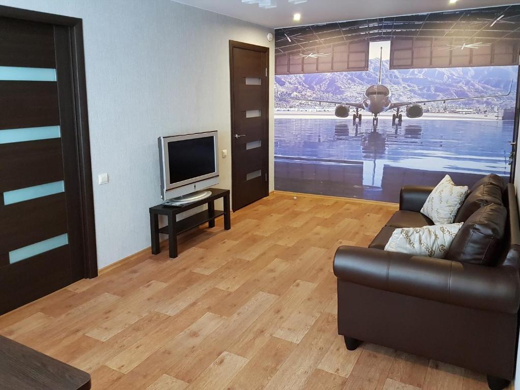 Apartment on Bazhenova 34