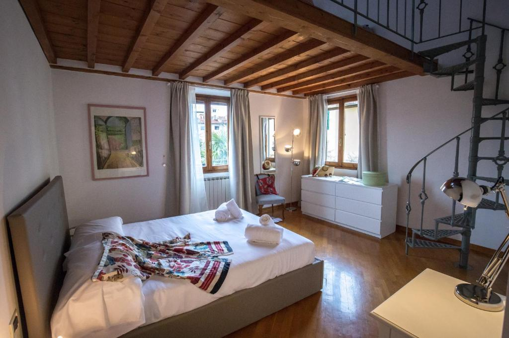 Acacia Firenze Margherita Apartment In Florence Italy