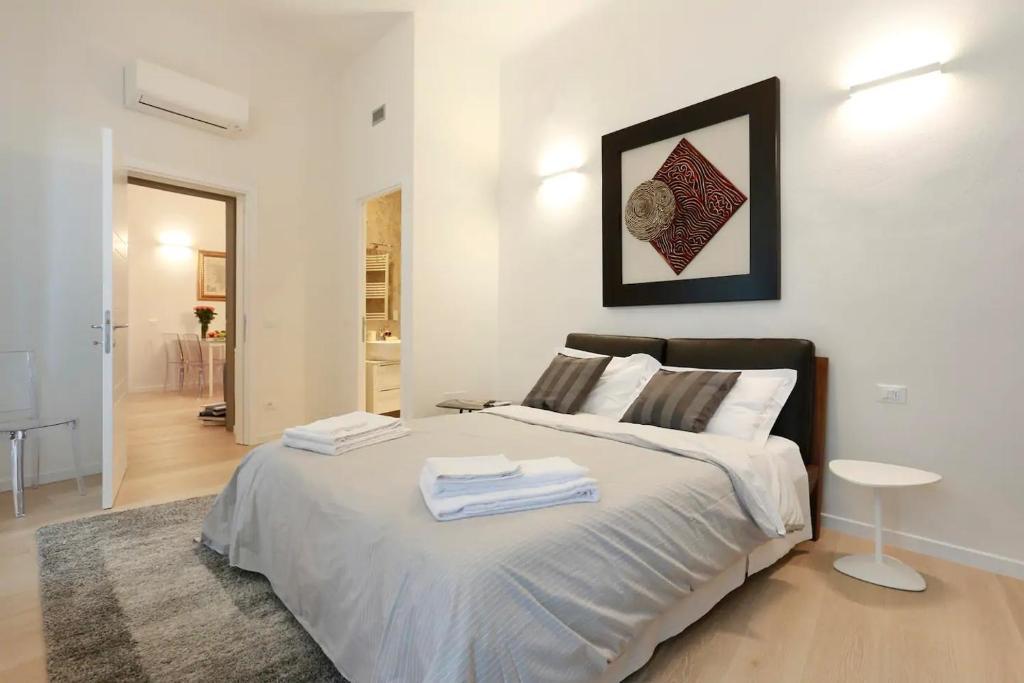 Opera 19 Luxury Apartment