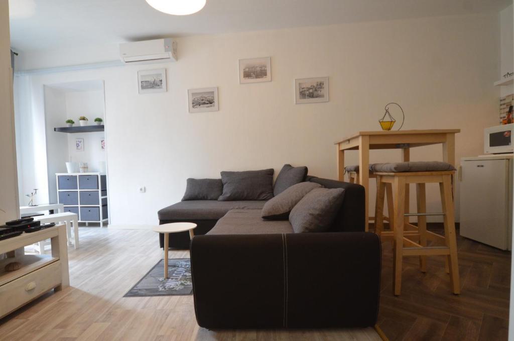 Apartment De Amicis