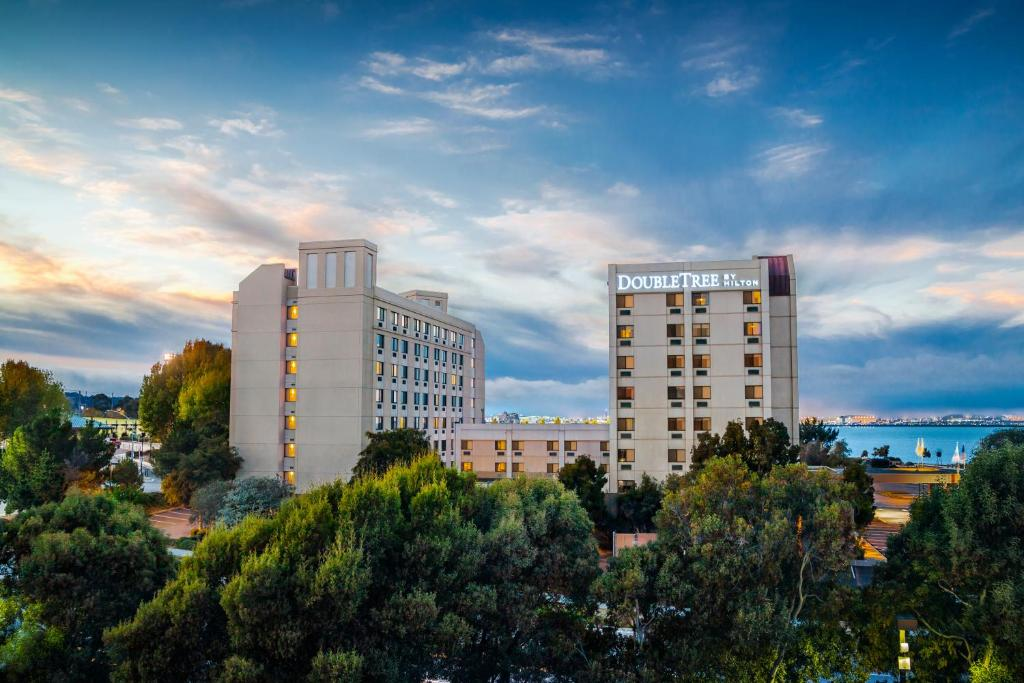 DoubleTree by Hilton San Francisco Airport