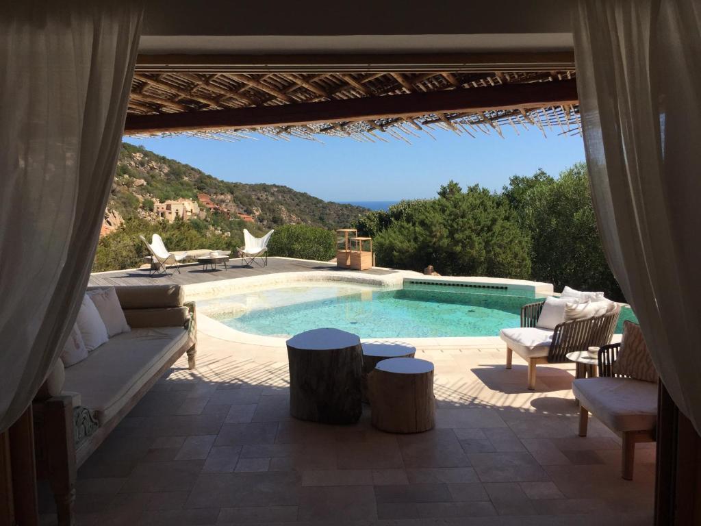 Luxury villa in porto cervo img8