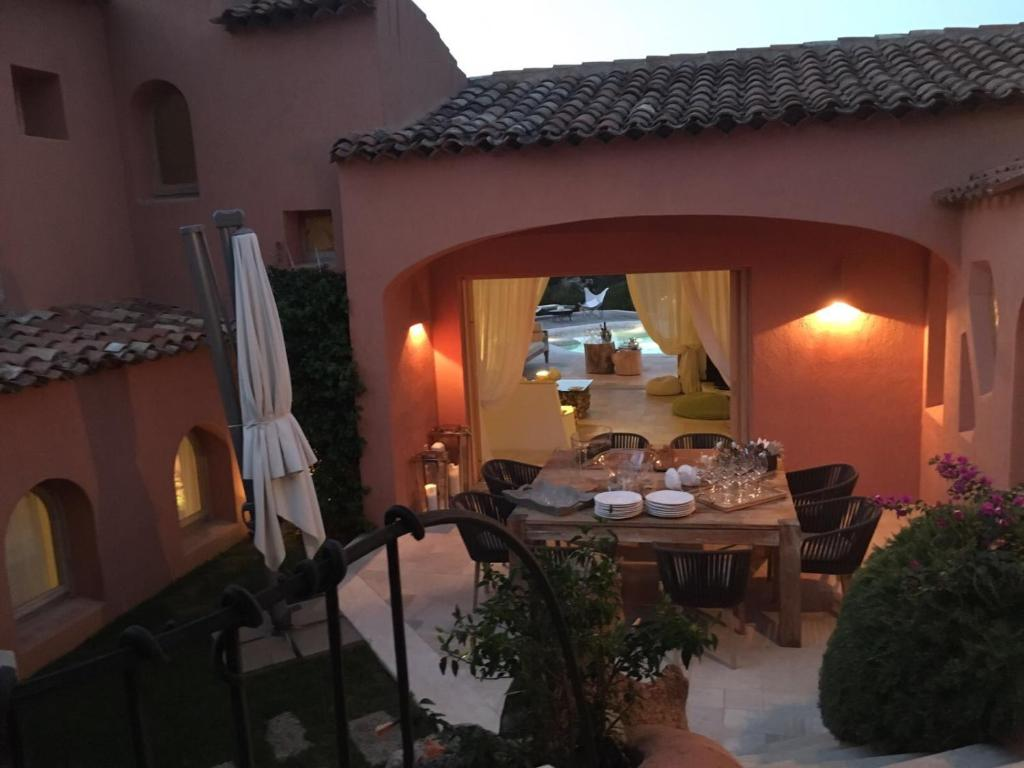 Luxury villa in porto cervo img25
