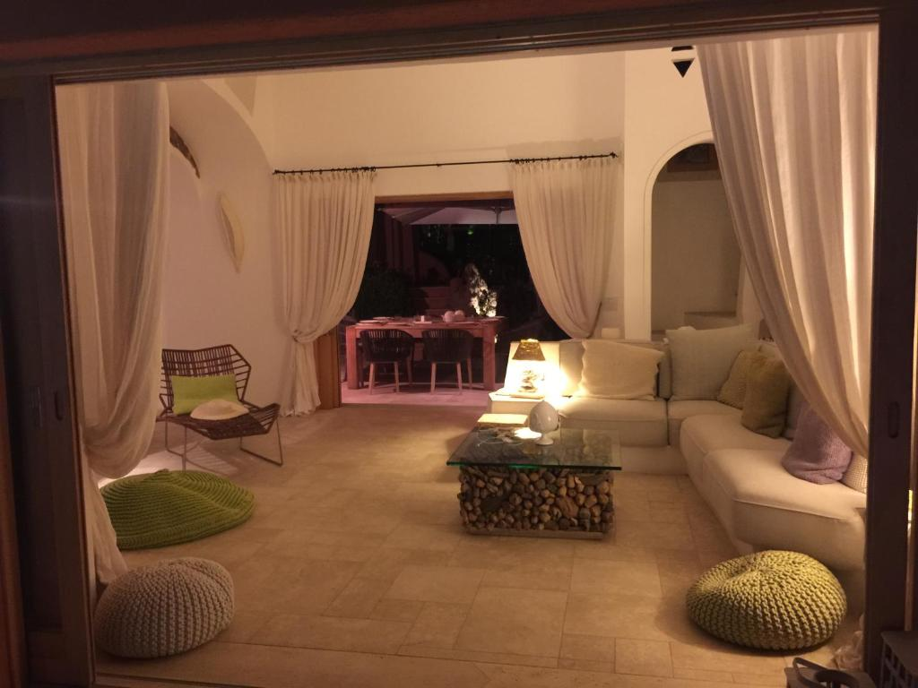 Luxury villa in porto cervo img28