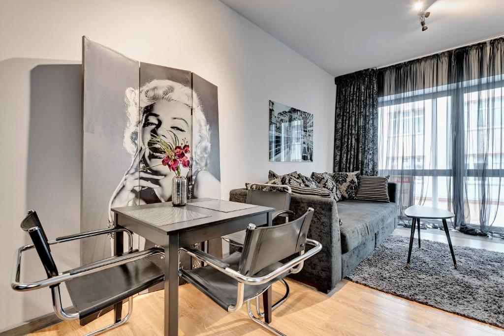 noclegi Gdynia Dom & House - Apartments Baltiq Plaza
