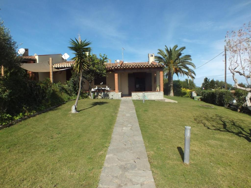 Holiday home in Costa Rei 33570