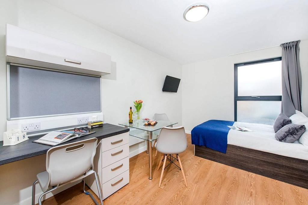City Centre Single Studio with ensuite