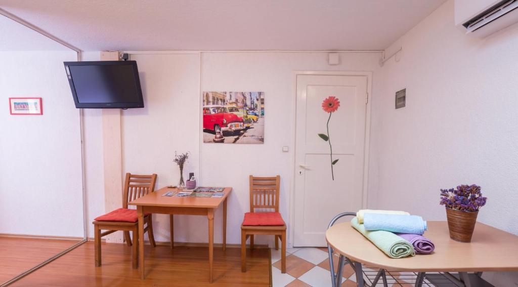 Sunshine Apartments, 23000 Zadar