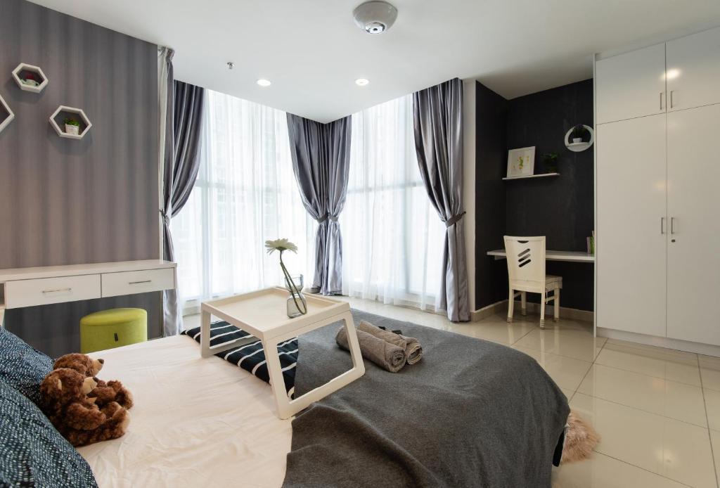 Modern Luxury Studio