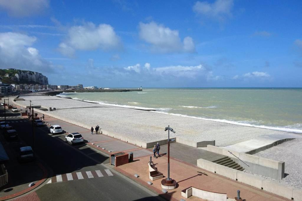 Appartement front de mer, vue imprenable