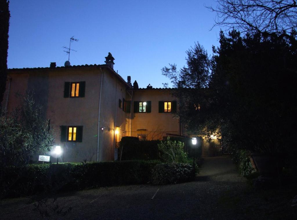 Villa nobili b b bagno a ripoli online booking viamichelin - Booking bagno a ripoli ...