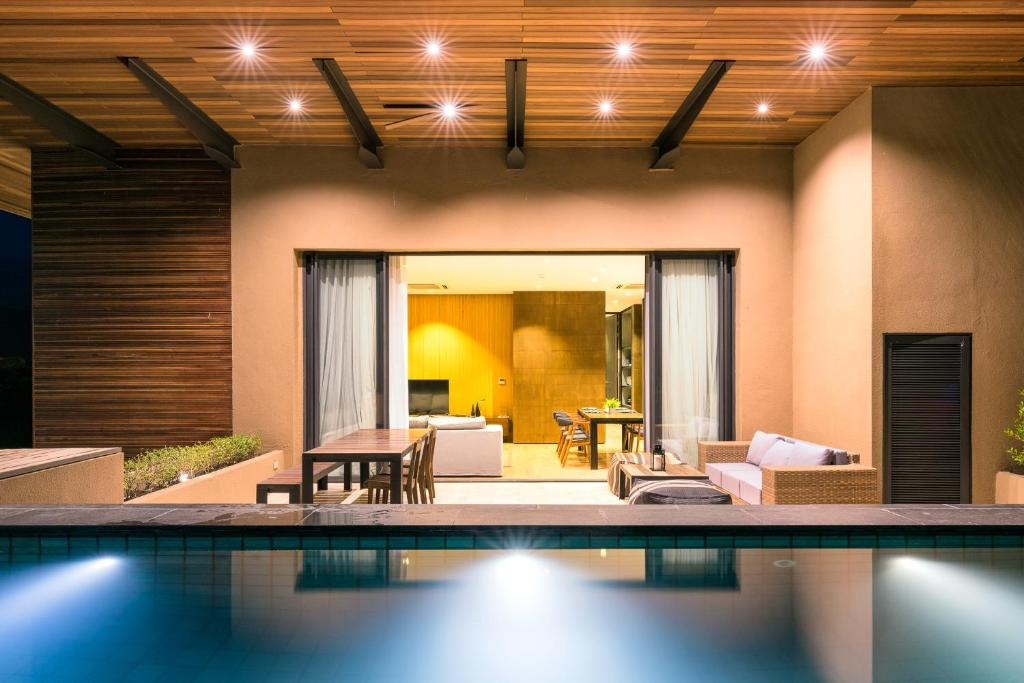 Atta 2-BR Pool Penthouse by Passionata Collection