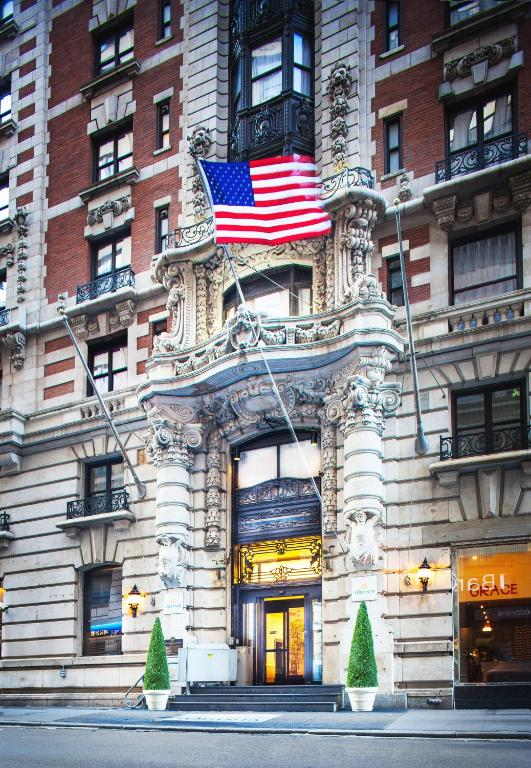 The Hotel at Fifth Avenue