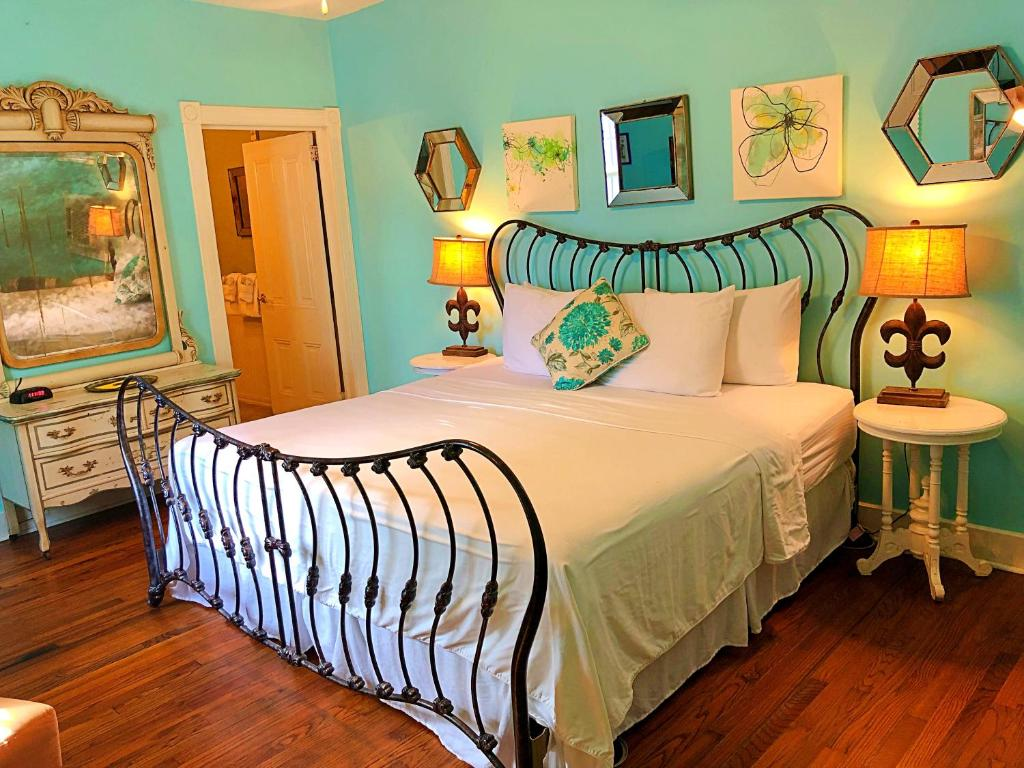 Creole gardens guesthouse and inn new orleans - Creole gardens guesthouse and inn ...