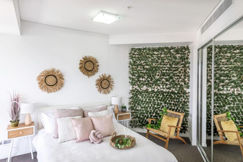 Forest themed APT in the Heart of Brisbane CBD