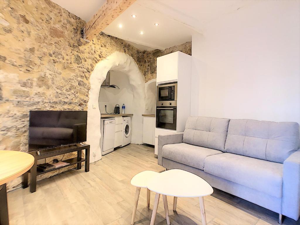 1 bedroom Old town, 6 min walk Palais, Plages, Croisette, 3 persons