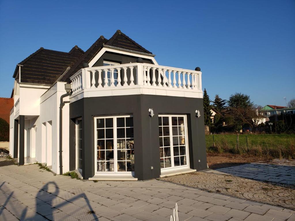 Meubles 3 Fontaines Ittenheim hôtels handschuheim 67117 - viamichelin hotel - trouvez un
