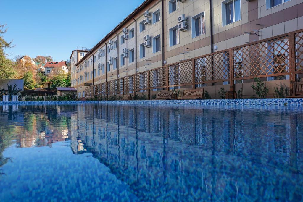 Azaliya Hotel