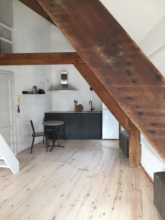 Exclusive Waterfront Apartment, 9000 Gent