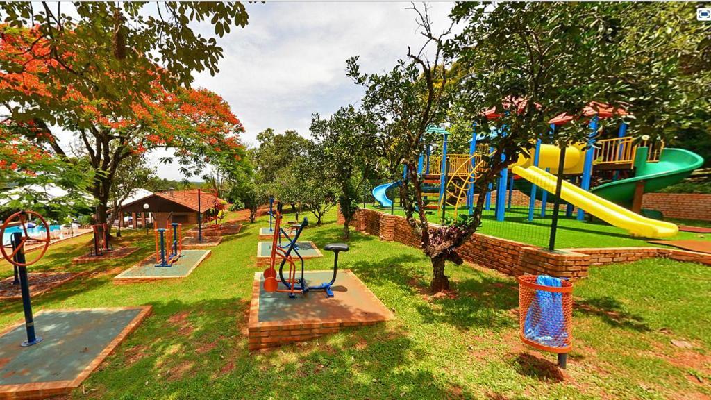 Hotel colonial igua u r servation gratuite sur viamichelin for Piscine b24