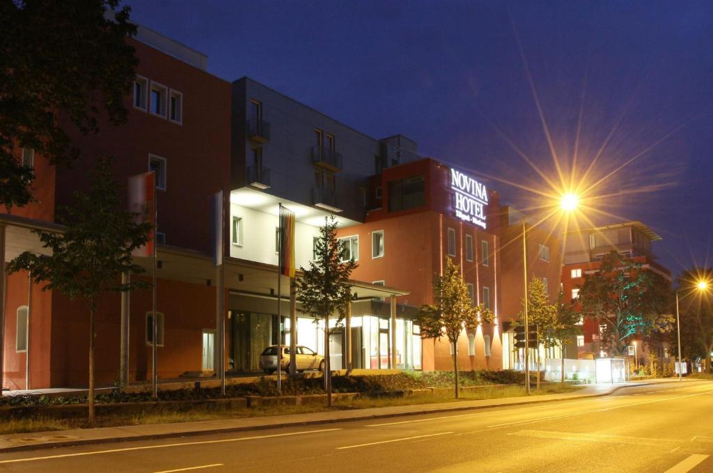 Novina Hotel Tillypark Restaurant