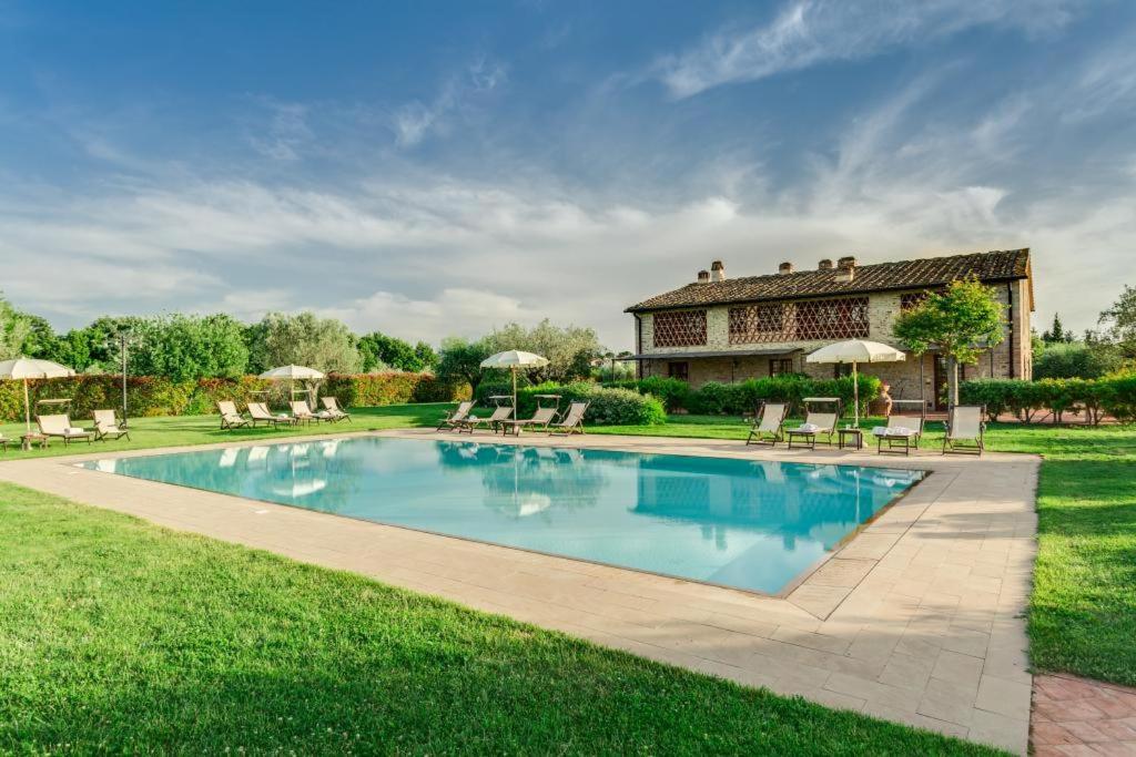 Chiostrini Villa Sleeps 4 Pool Air Con WiFi T763325