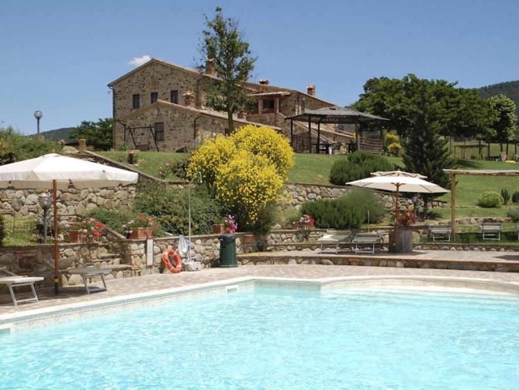 Castiglioncello del Trinoro Villa Sleeps 4 T763678