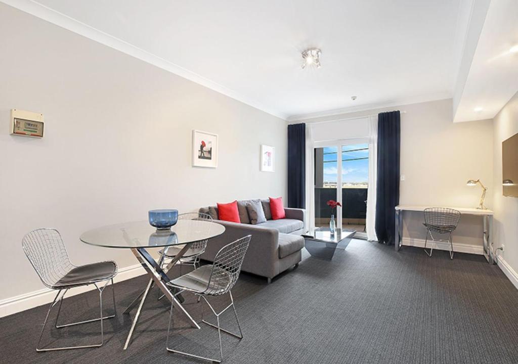 Sydney Airport Suites