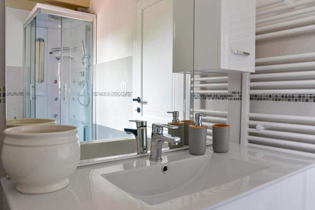 Casa Cavour - Luxury Apartment img8