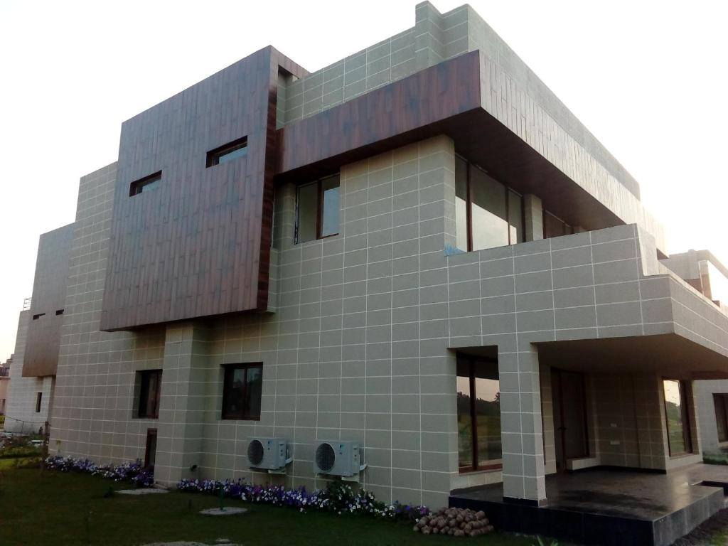 Vedic Golf Villa 7