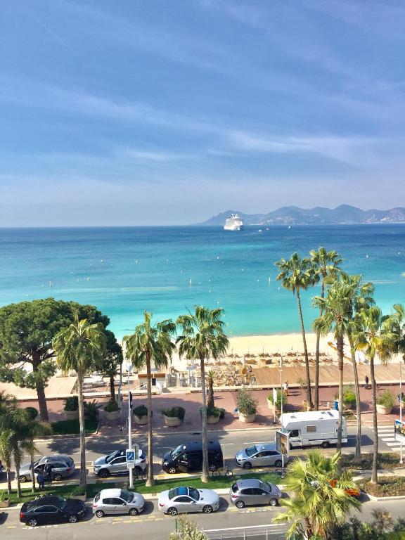 Nice Booking Cannes - PALAIS DES ILES