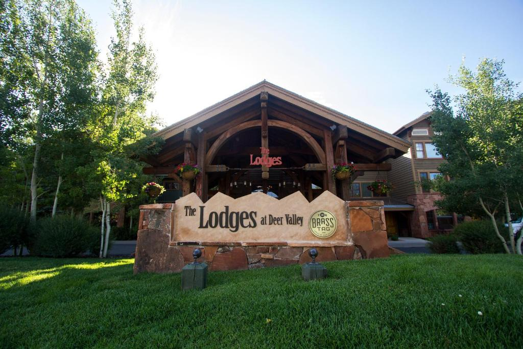 Deer park lodge gay, black teen girls with dildos