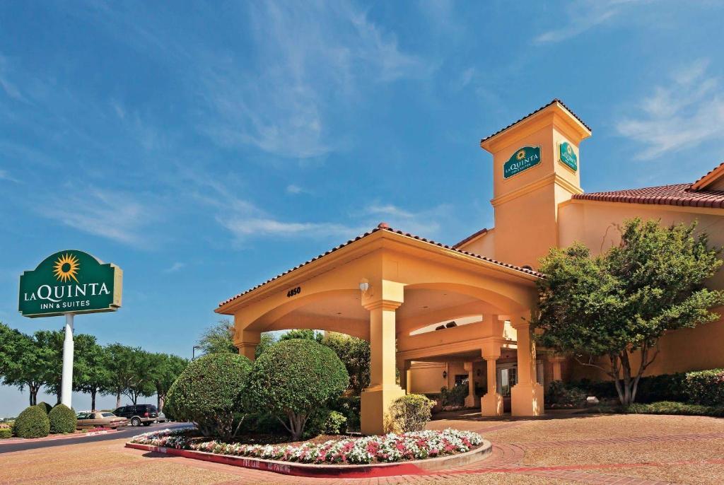 La Quinta by Wyndham Dallas DFW Airport North