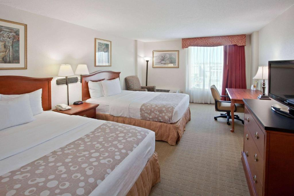 La Quinta by Wyndham Downtown Conference Center