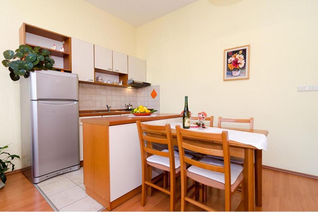 Family Apartment Paula