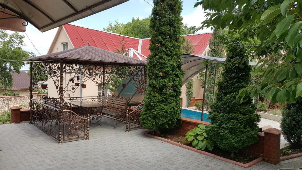 19 Poszek ideas | casă în copac, idei grădină, curți laterale