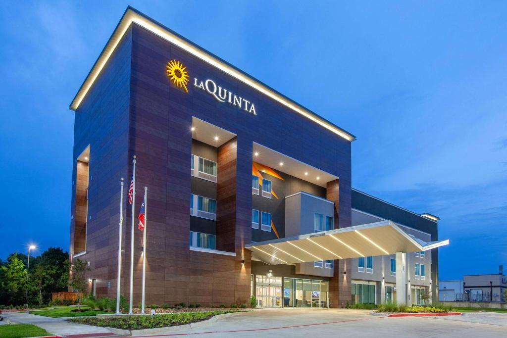 La Quinta by Wyndham Dallas Duncanville
